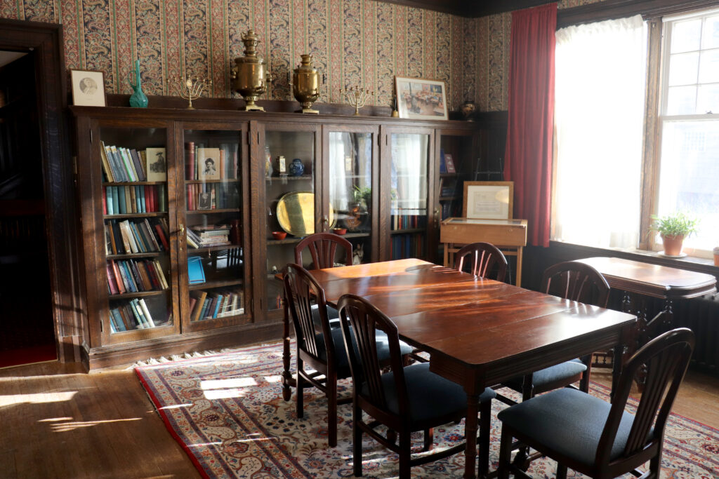 Margaret McWilliams Library at Ralph Connor House